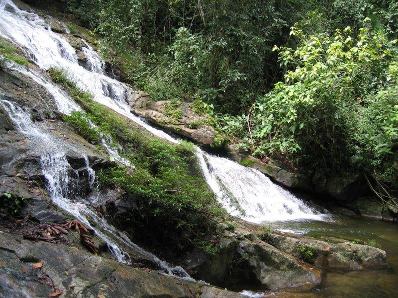 2004 02 16 Belize Waterfall (8)