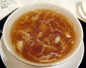 300px-Chinese_cuisine-Shark_fin_soup-05