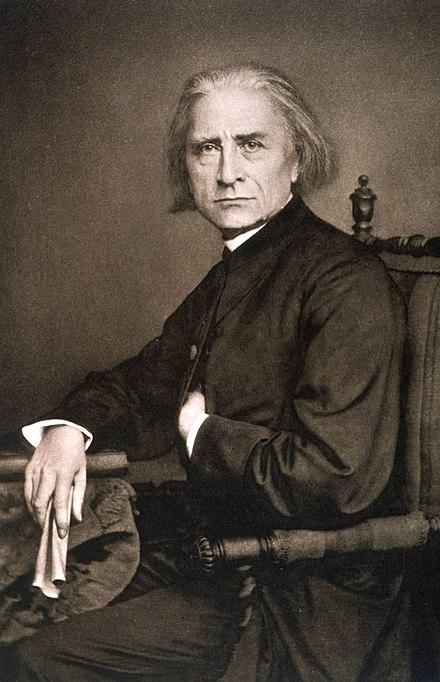 440px-Liszt-1870